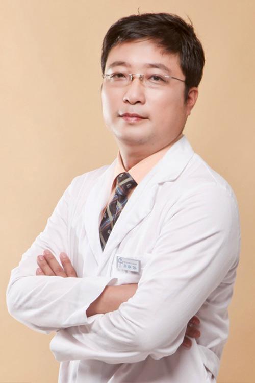 美联体理事李耀宇医生